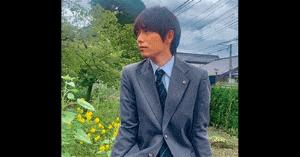 山崎育三郎の高校生コスプレ画像